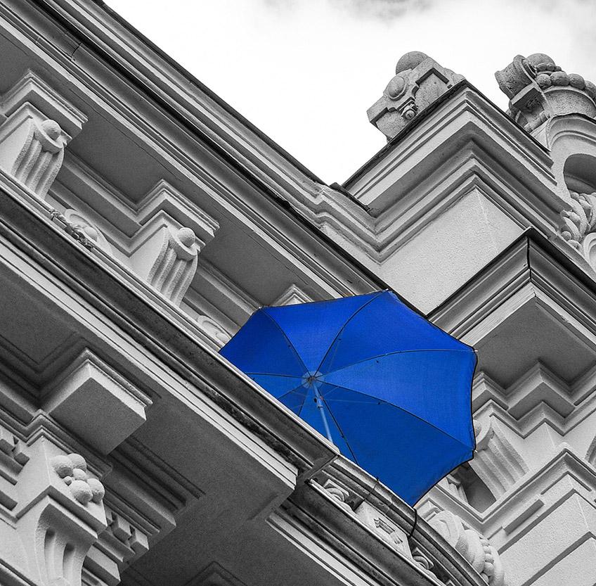 Blauer Schirm 2